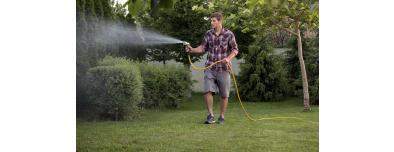 Comment bien arroser sa pelouse sans gaspiller ?